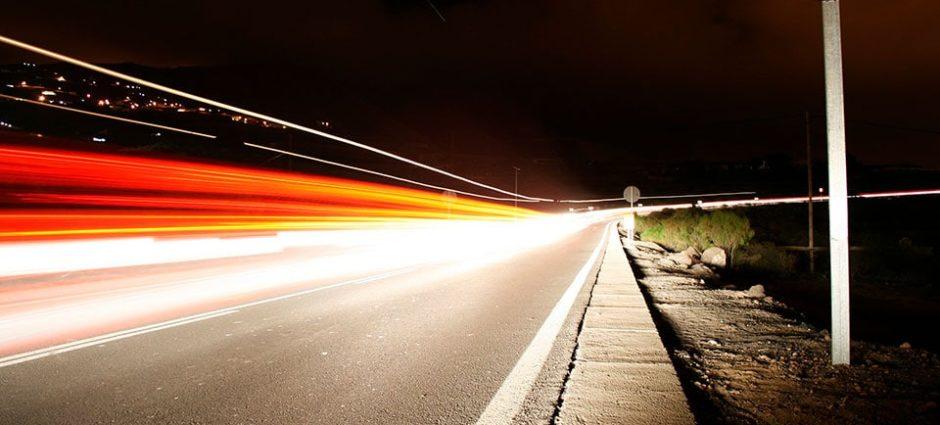 Carro – Dirija com Segurança a Noite!