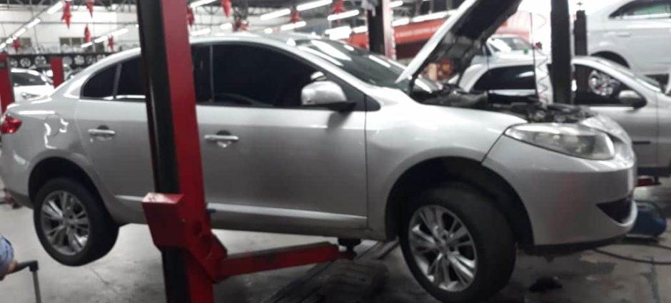 Renault Fluence – Manutenção de Ar Condicionado Automotivo