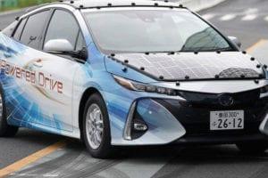 Toyota testa carros movidos a energia solar
