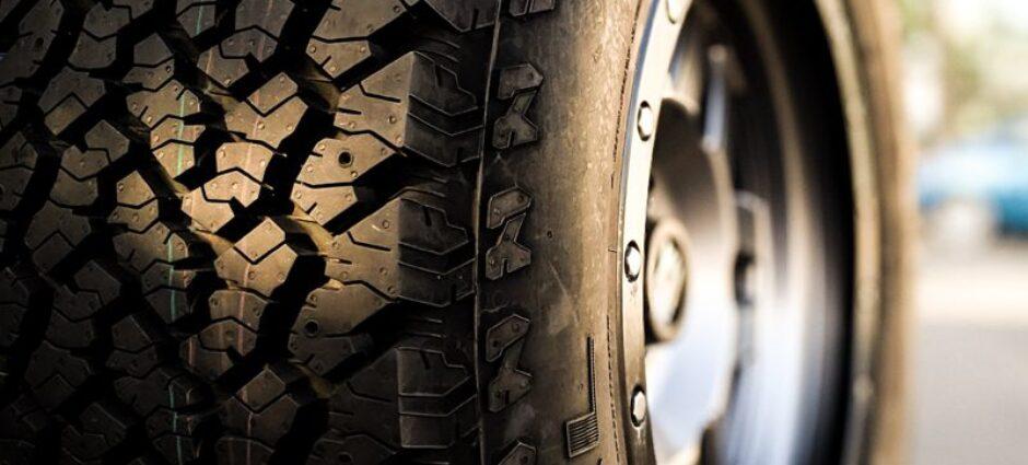 Quantas libras colocar no meu pneu?