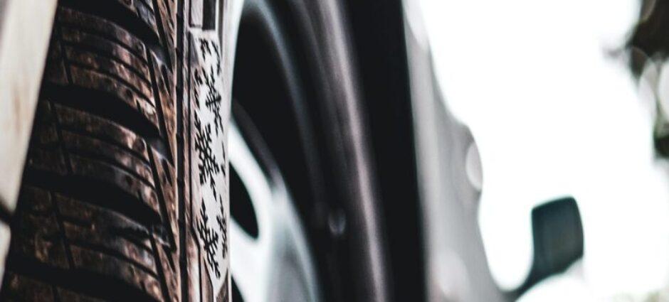 Rosava pneu. Conheça essa marca.